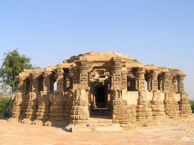 Largest surviving temple