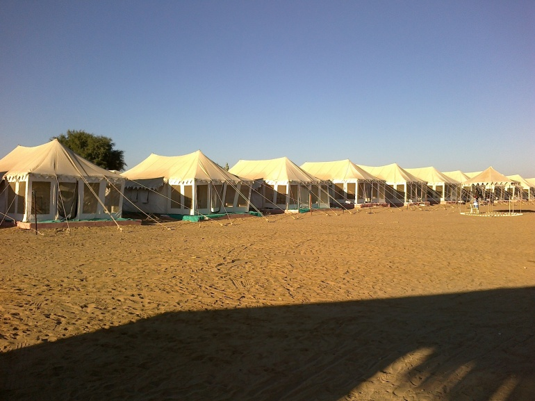 Desrt camp