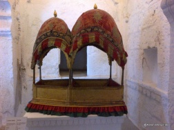 Palanquin for Queen