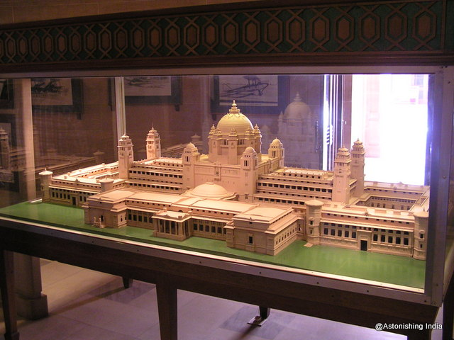 Scaled model of the palace