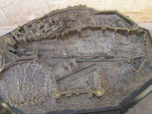 Fort model casted in metal