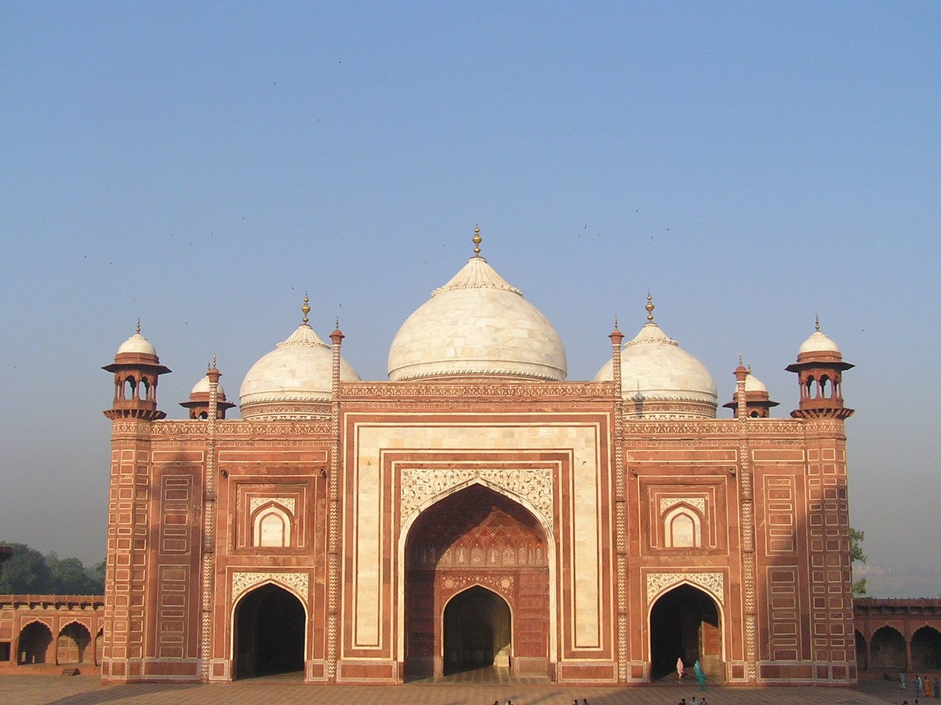 A mosque in the Taj complex