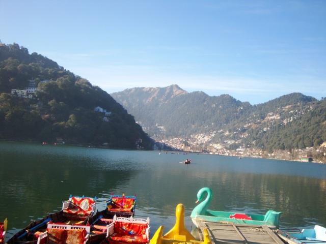 Warm morning on the lake