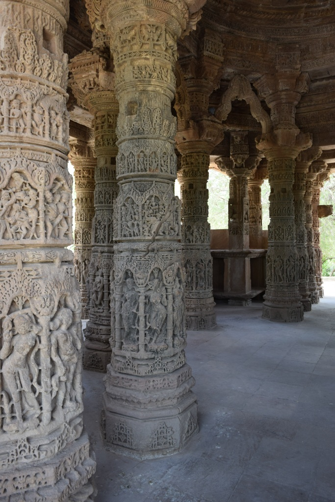 Carved pillars inside sabha mandap