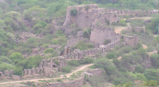 Outer fortification walls