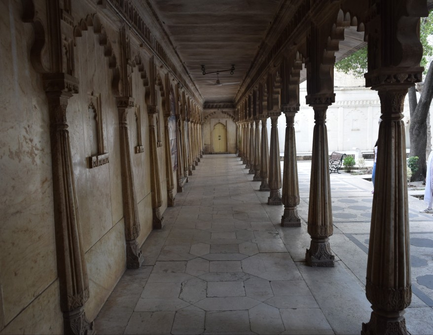 Pillared corridors