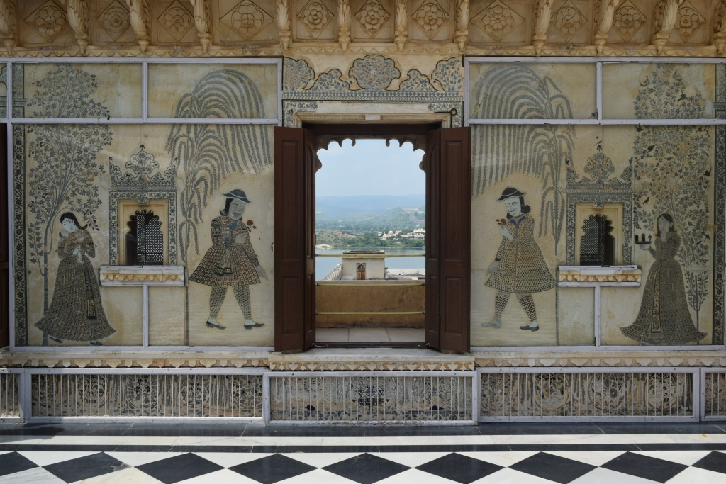 Wall paintings protected by glass panels