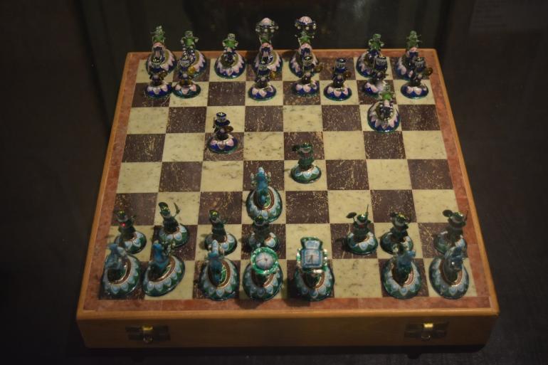 Precious stone Chess Pieces