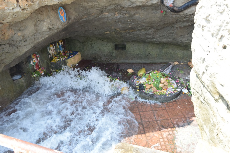 Sea waves reach the Shiv lingas during high tide