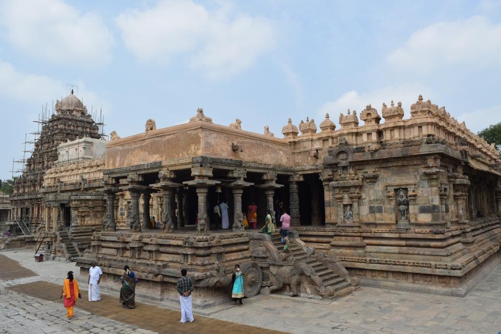 Hundred pillared hall, Mandapam