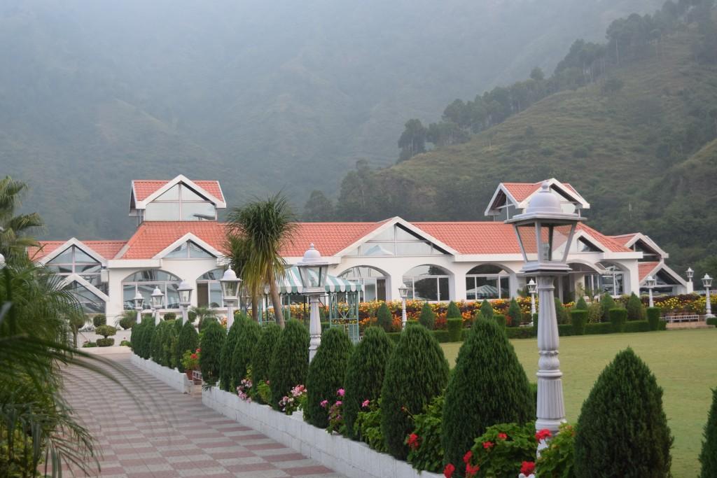 Club Mahindra resort at Kandaghat