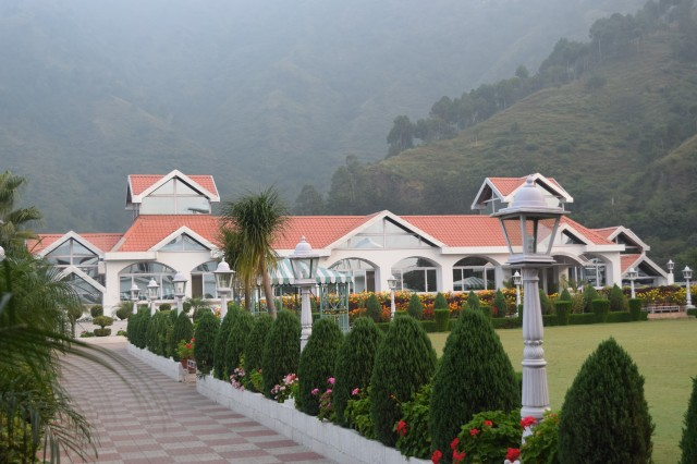 Club Mahindra resort at Kandaghat