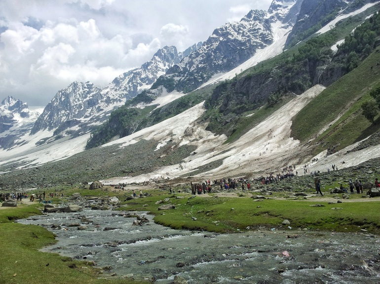 Kashmir valley picture by Mayuri Patel.