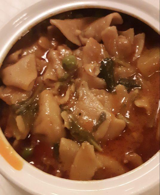 Ladakhi pasta with gravy, Skyuu