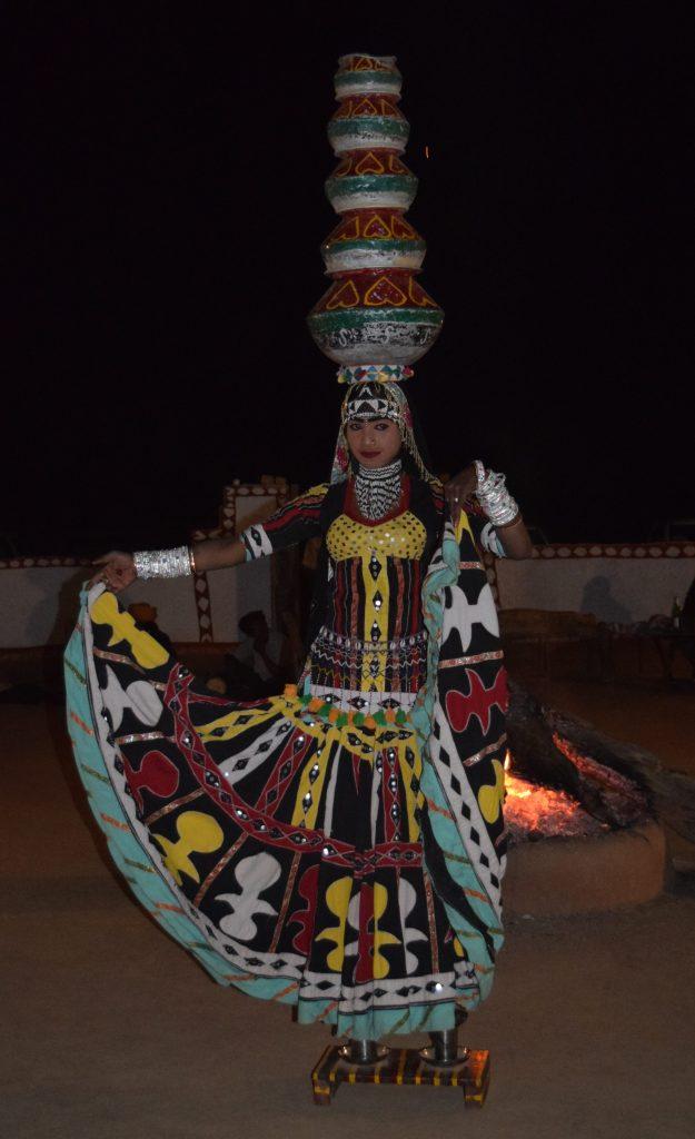Kalbeliya dancer at Khuri