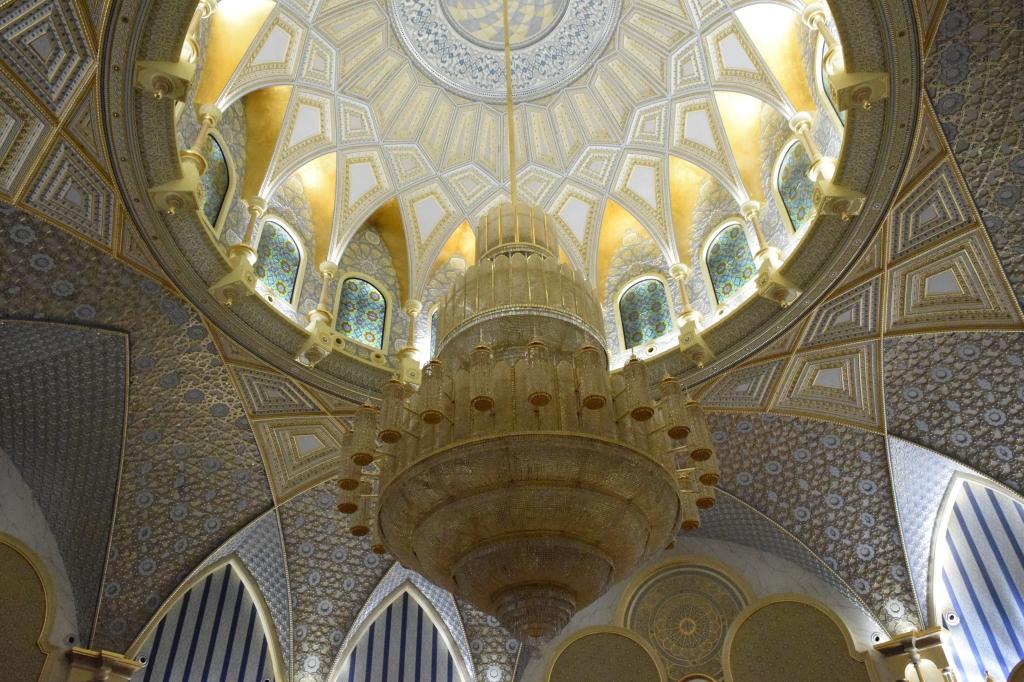 12 tonne chandelier